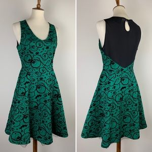 DC Comics Poison Ivy Dress Green Black Velvet LG